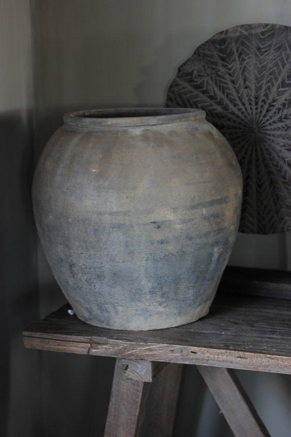 Originele oude pot L.